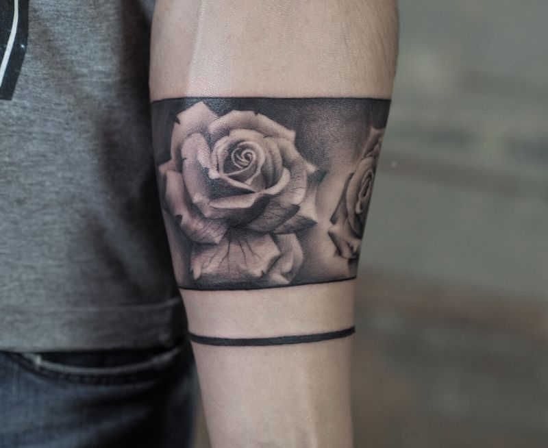 rose armband tattoo