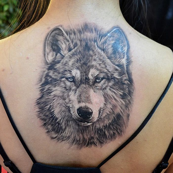 3D wolf tattoo done in black & grey ink (30)