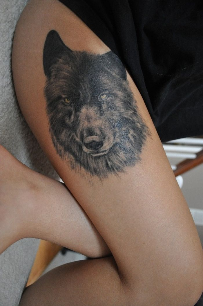 photo-realistic wolf tattoo design 44