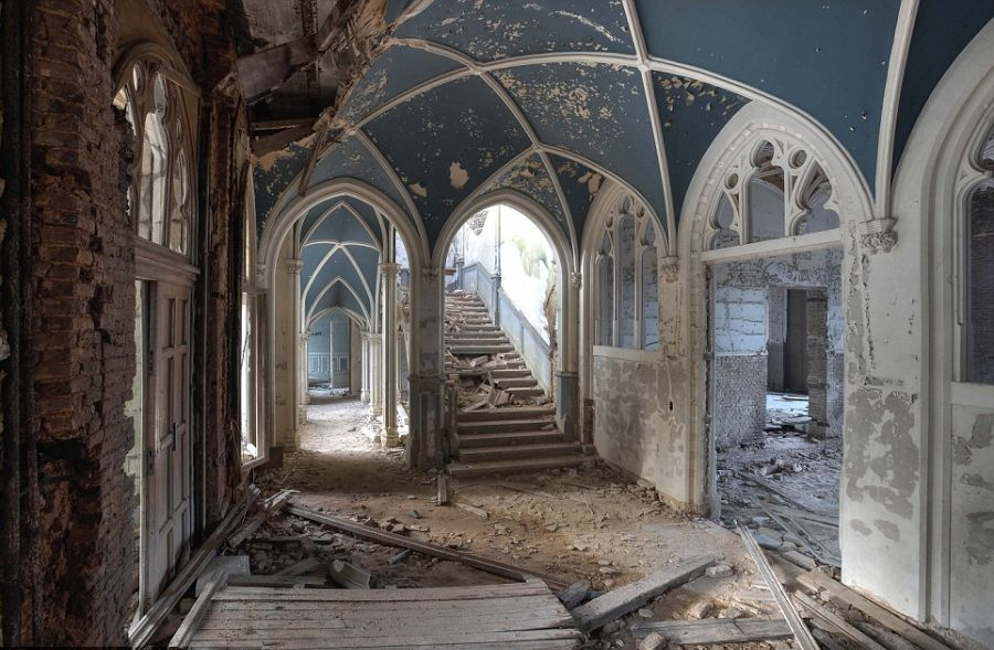 10 Of The Most Beautiful Abandoned Places From Around The