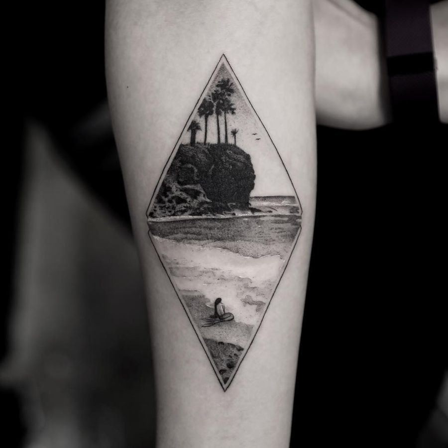 Stunning realistic fine line tattoos by balazs bercsenyi for Free tattoos nyc 2017