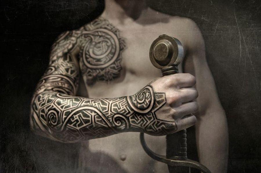 Vikings tattoos by Peter Walrus Madsen, a Mash-Up of Nordic Folk Art ...