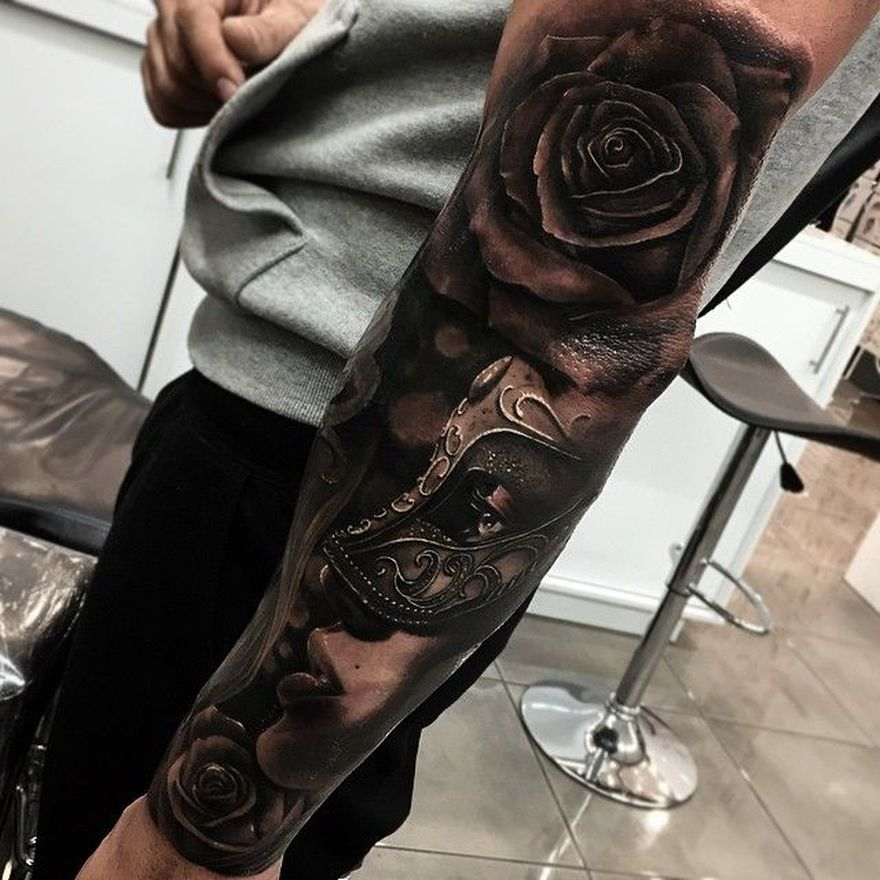 black and grey realistic tatoo