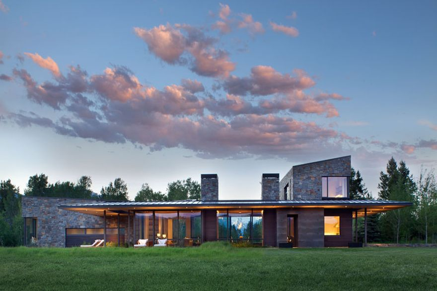 contemporary mountain retreat