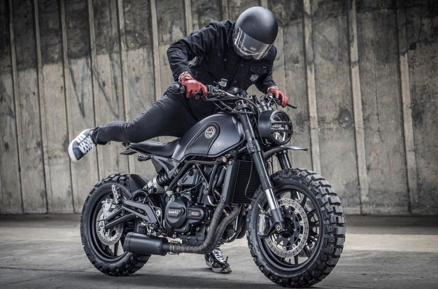 custom scrambler bike