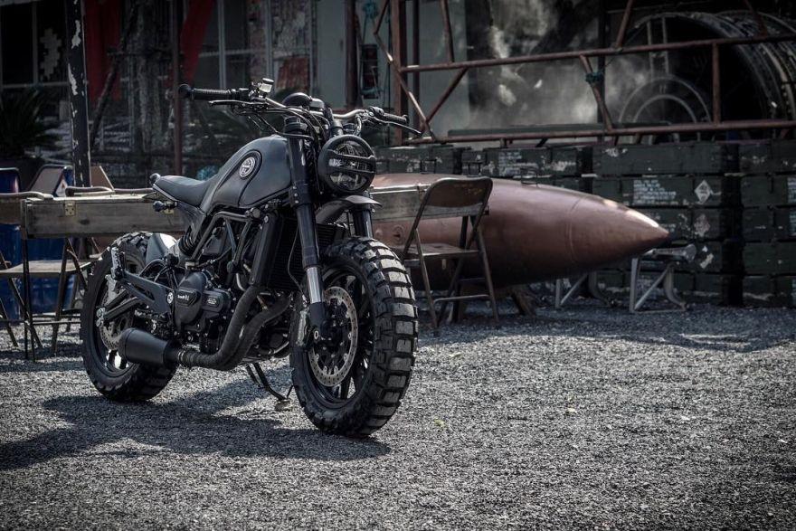 Dark Simba bike