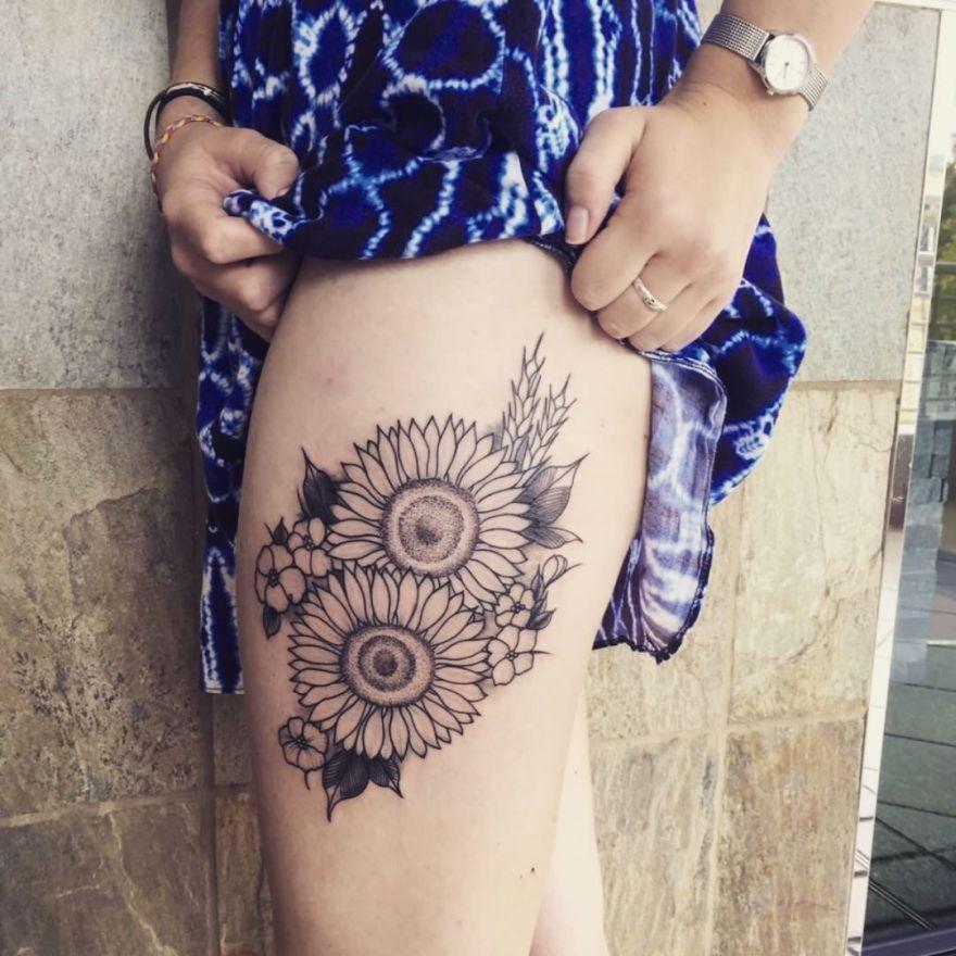 Thigh Sunflower Tattoo Ideas 3