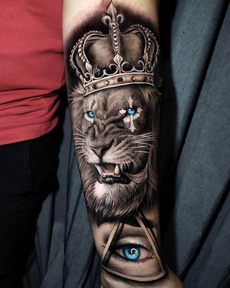lion art pieces