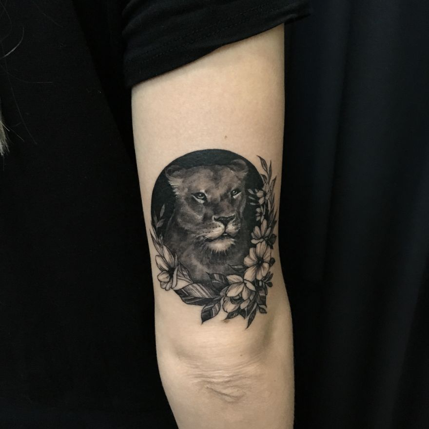 lioness tattoo design