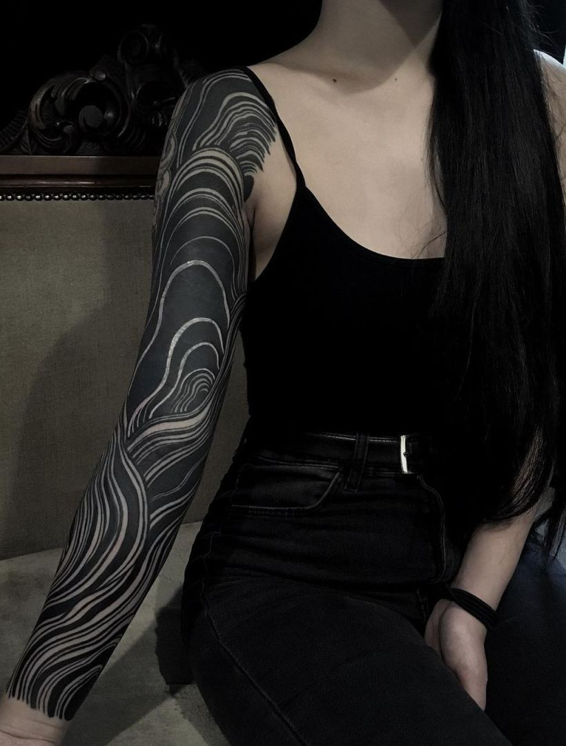 awesome solid black tattoos