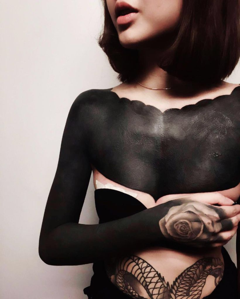 solid black tattoo