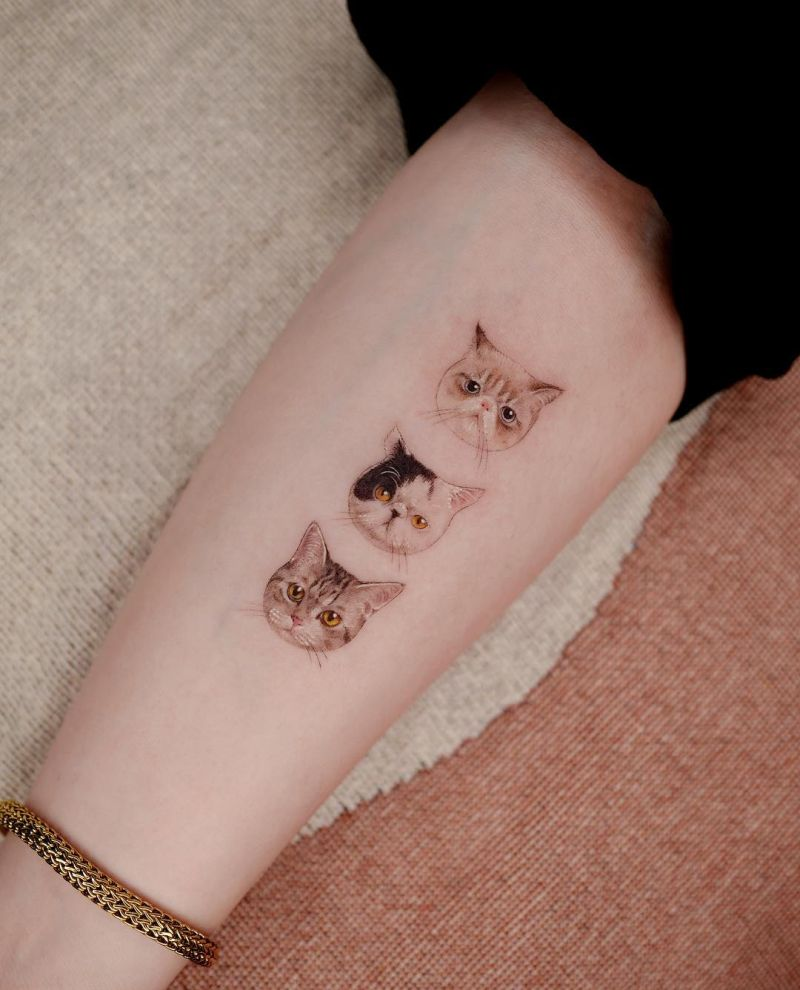 minimalist cat tattoos